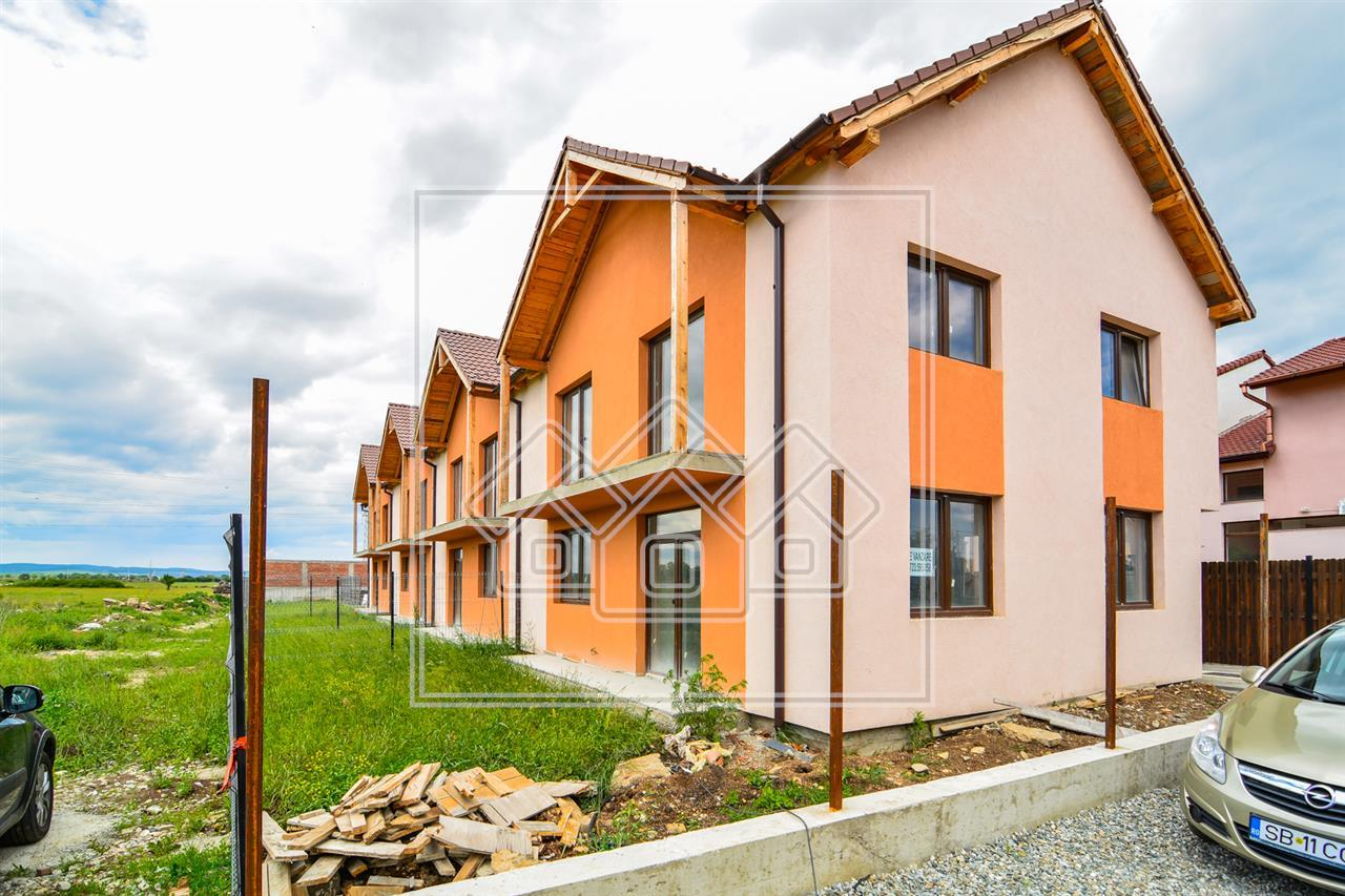 Casa de vanzare in Sibiu -4 camere- Gradina, POD mare + 2 balcoane