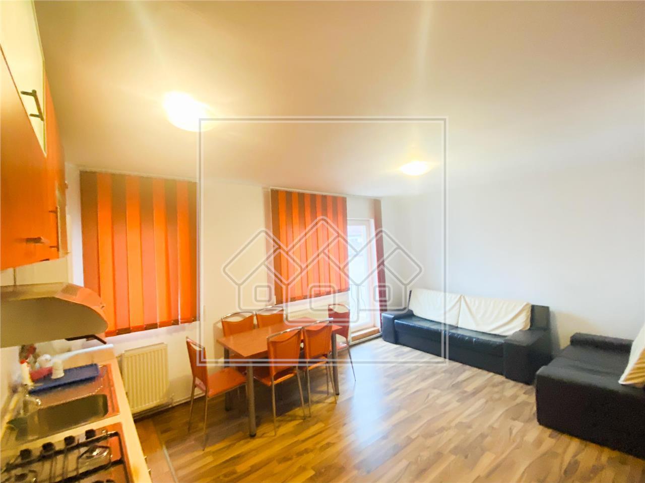 Wohnung zu vermieten in Sibiu - 3 Zimmer und Balkon