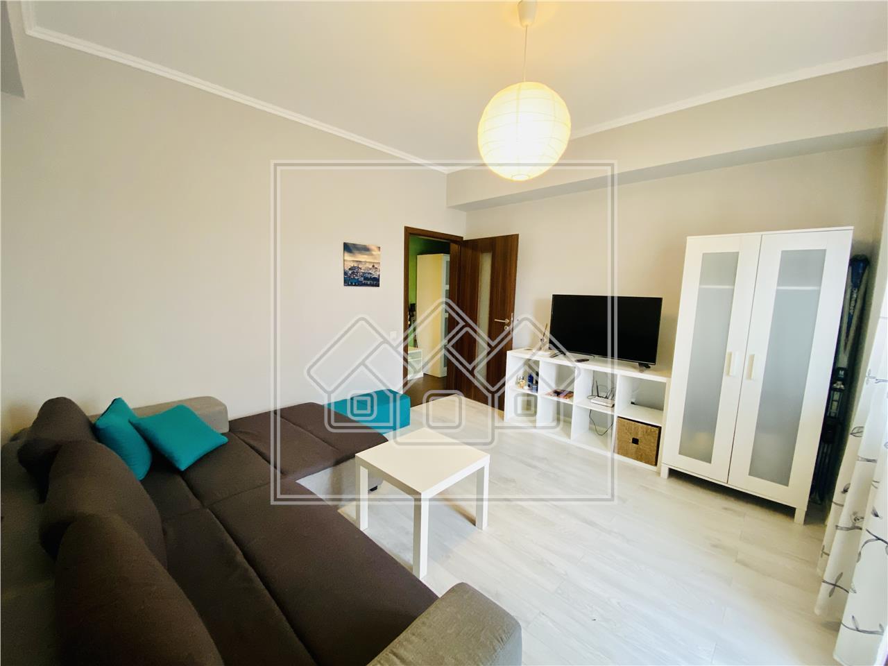 Apartament 2 camere in Sibiu - decomandat cu balcon - Piata Cluj
