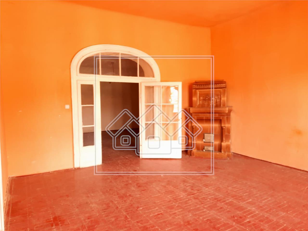 Casa de vanzare in Sibiu- zona ULTRACENTRALA -pretabil pensiune