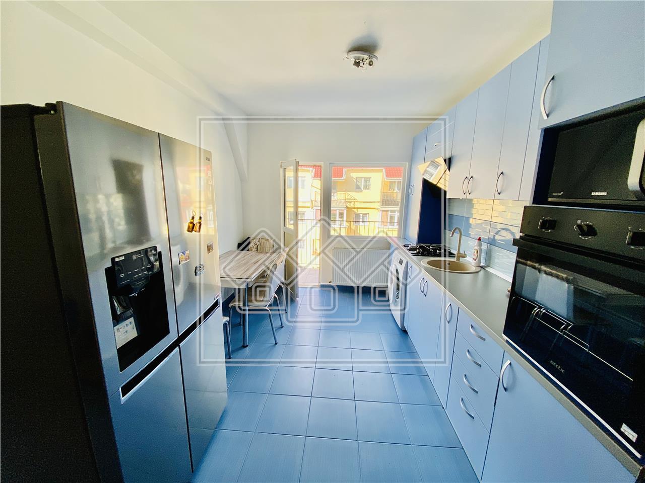 Apartament de vanzare in Sibiu-3 camere cu 2 balcoane-Valea Aurie