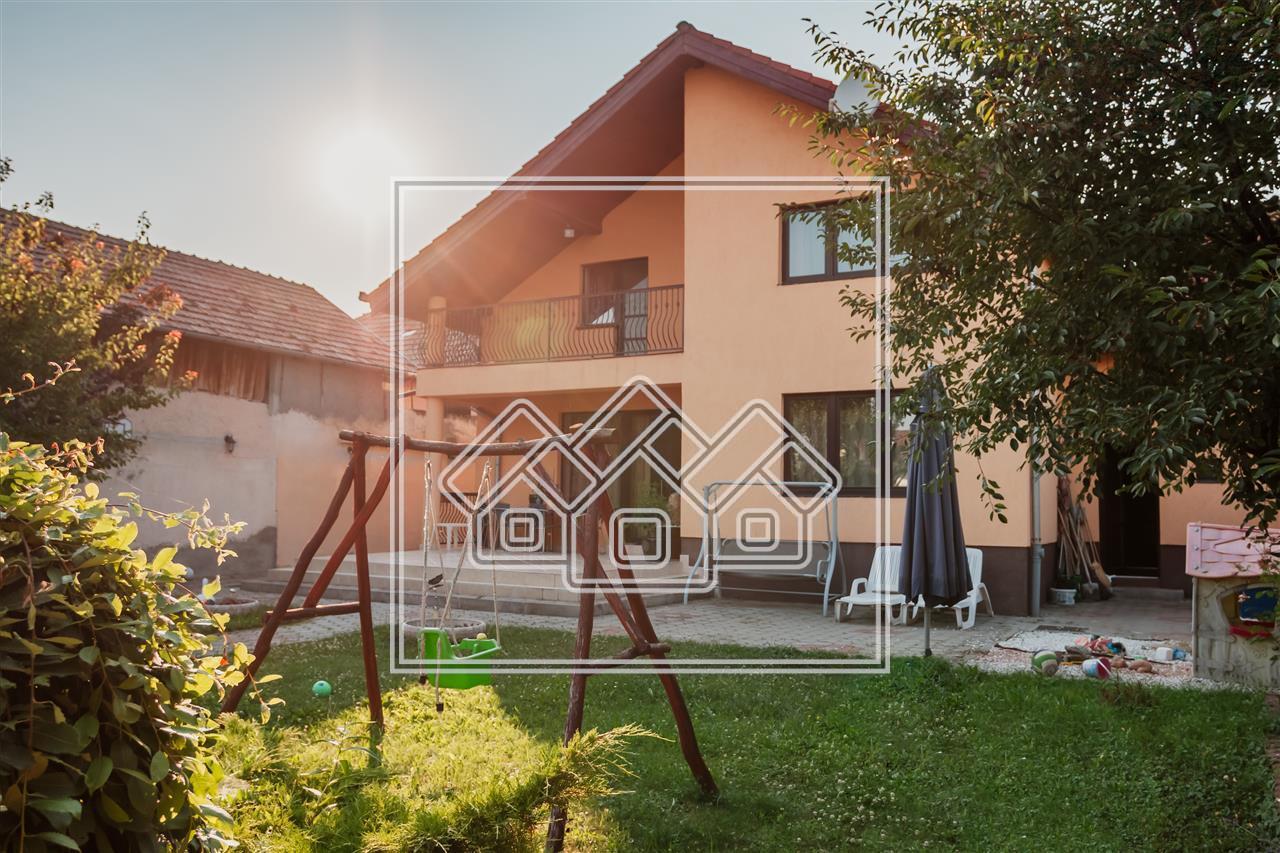 Casa de vanzare in Sibiu - individuala - complet mobilata si utilata