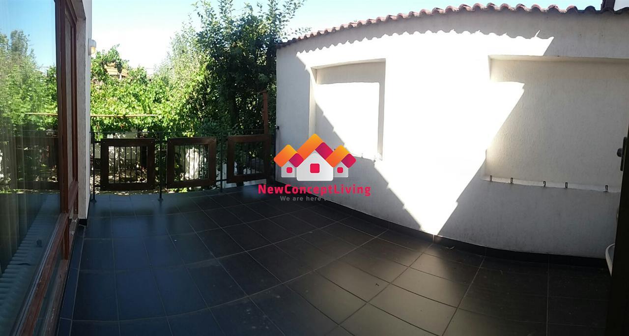 Casa de LUX de inchiriat, utilata si mobilata complet
