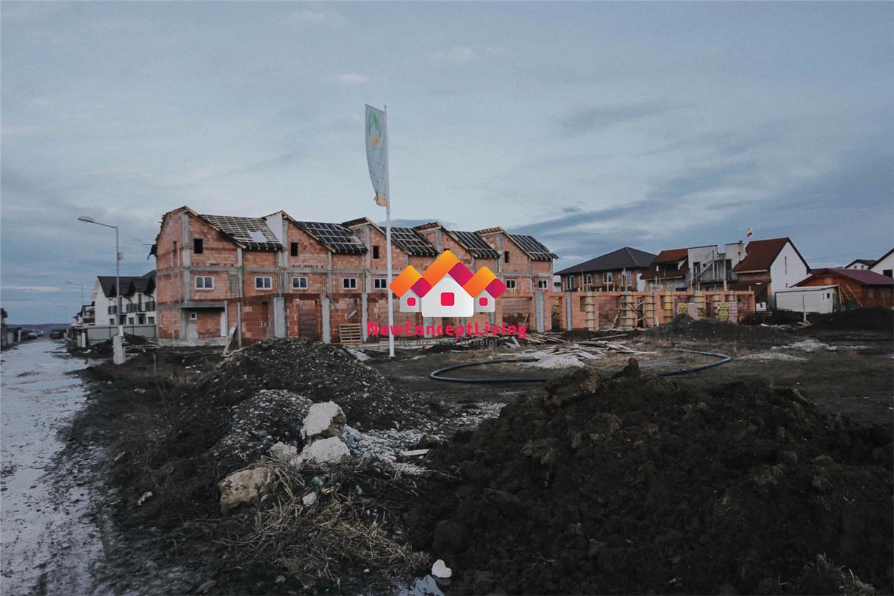 Casa de vanzare in Sibiu - cartier linistit de case