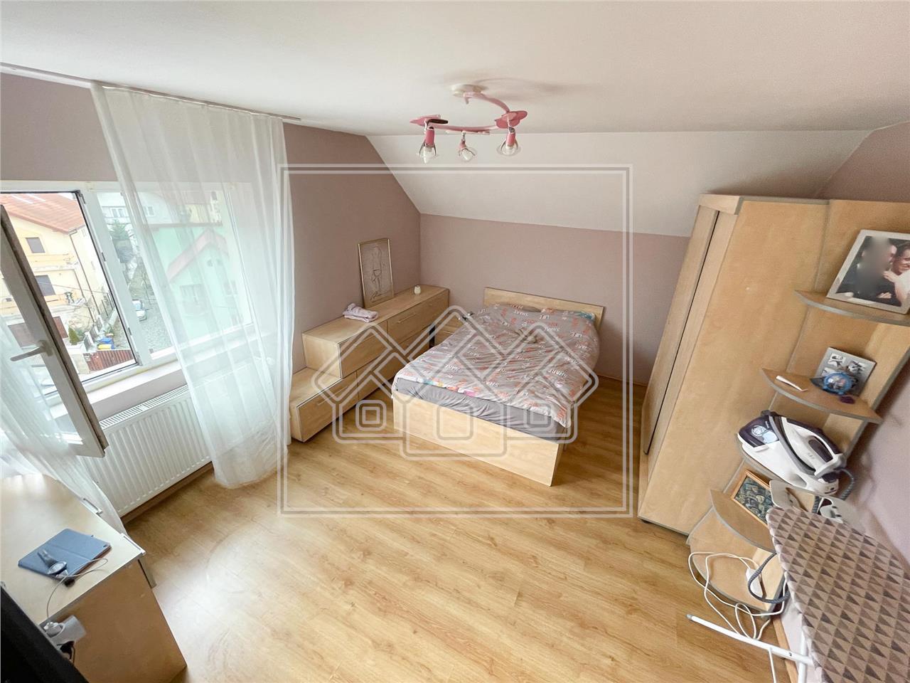 Apartament de vanzare in Sibiu - 3 camere si 2 bai - zona Tilisca