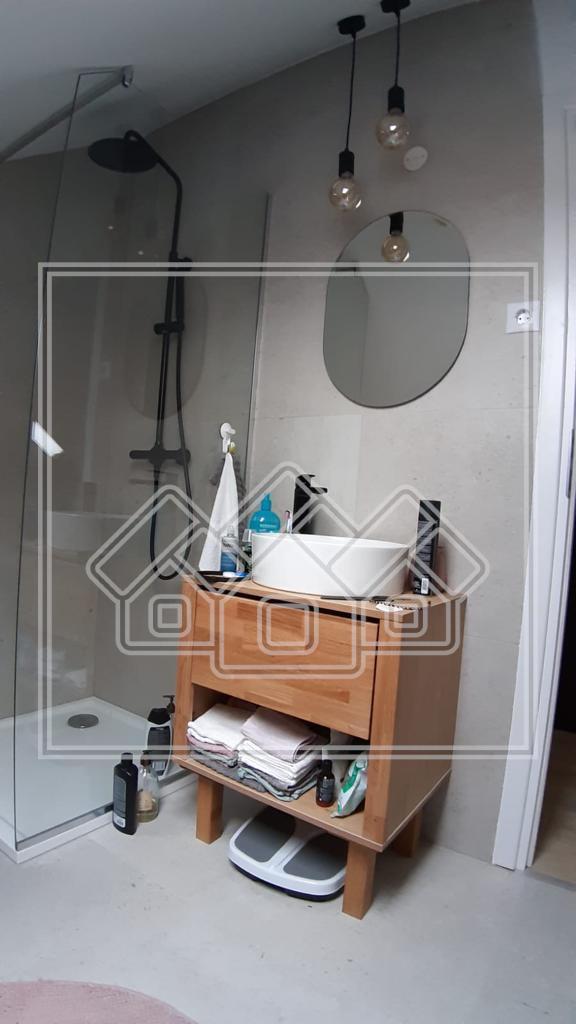 Apartament de vanzare in Sibiu cu 2 camere si gradina 100 mp