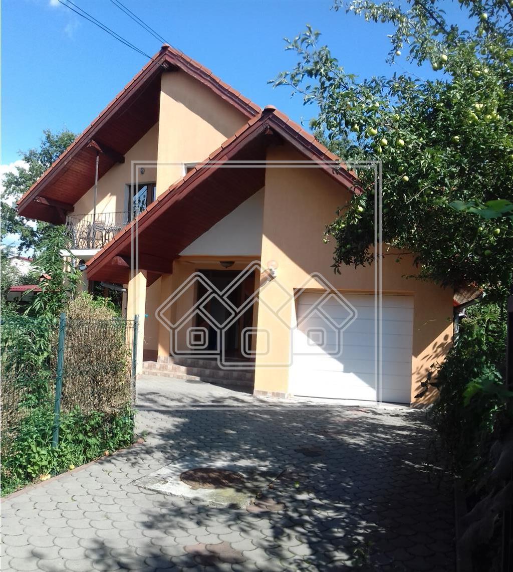 Casa de vanzare in Sibiu, singur in curte, LUX, Zona Premium + gradina