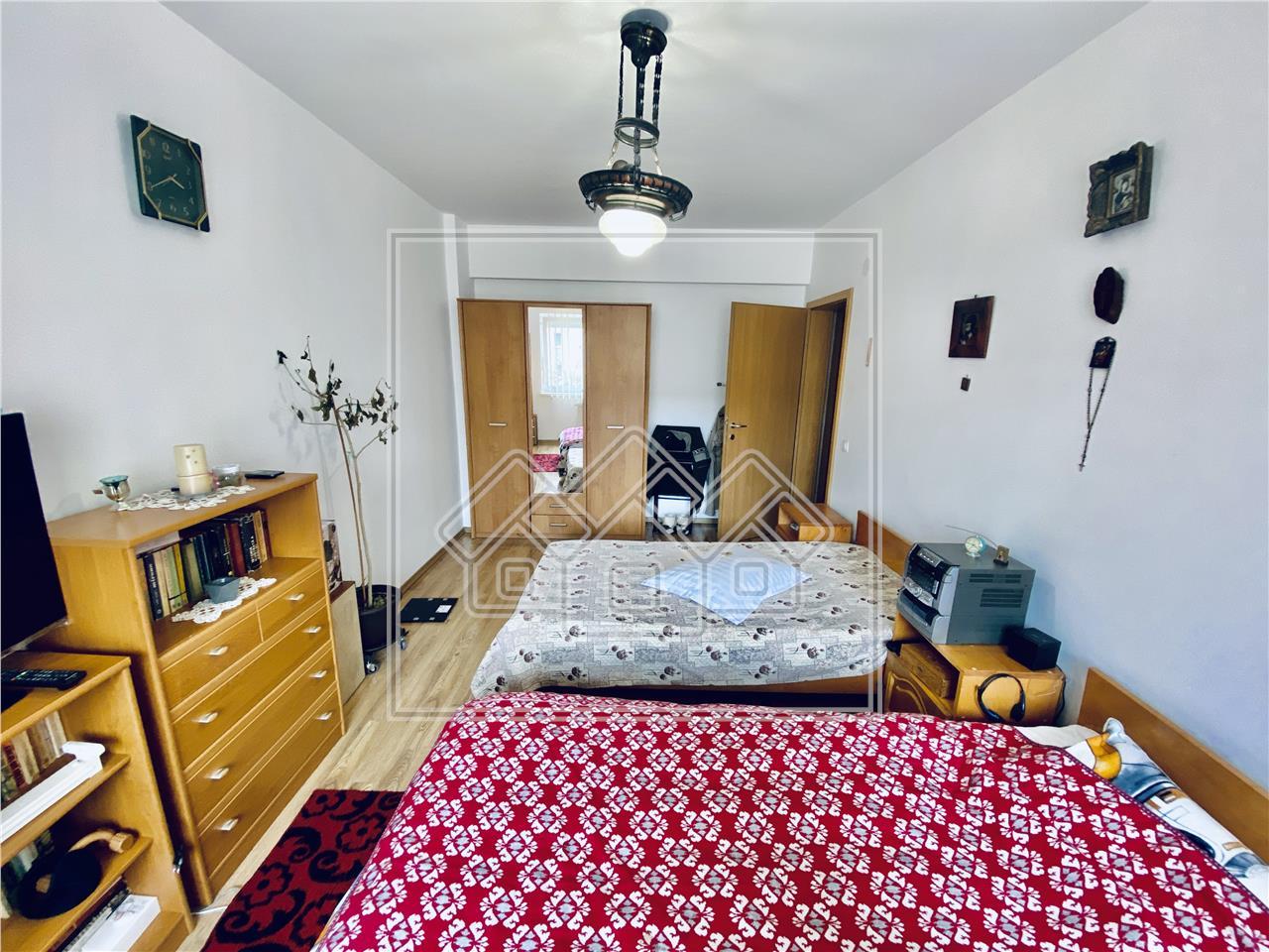 Apartament de vanzare in Sibiu -3 camere cu balcon- Rahovei