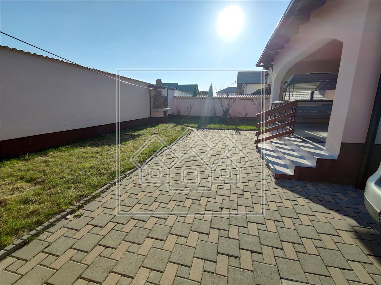 Casa de inchiriat in Sibiu - individuala - curte mare - moderna