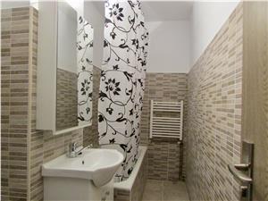 Apartament de inchiriat in Sibiu - 3 camere - 2 bai - zona Ciresica