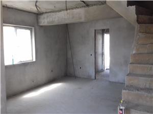 Casa de vanzare in Sibiu, 4 camere, 115mp util + 150mp curte