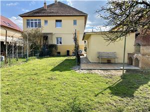 Casa de inchiriat in Sibiu - Calea Dumbravii - curte privata, garaj