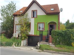 Casa de vanzare in Sibiu - proprietate deosebita - 4 camere