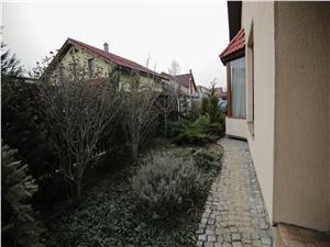 Casa de vanzare in Sibiu - 4 camere -  Intabulata, zona Selimbar