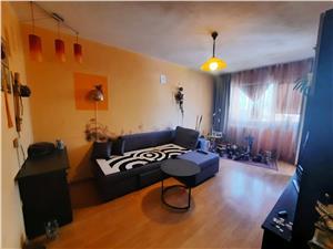Wohnung zu verkaufen in Sibiu - 3 Zimmer und Balkon - Vasile Aaron