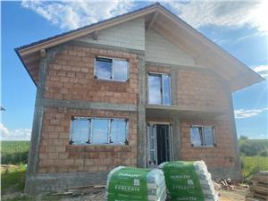 Casa de vanzare  in Sibiu - Sura Mica - 140 mp utili - Predare la alb