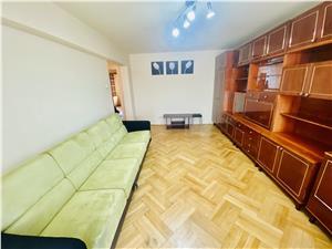 Apartament de vanzare in Sibiu -4 camere, 2 balcoane si pivnita-Strand