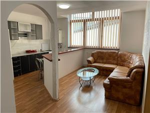 Apartament de inchiriat in Sibiu - 3 camere- 2 bai -zona ultracentrala