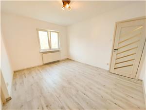 Apartament de vanzare in Sibiu - 3 camere - zona Hipodrom I