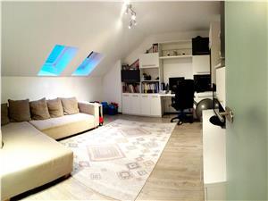 Apartament 3 camere de vanzare in Sibiu - mansarda -