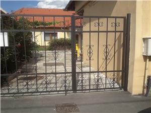 Haus zu verkaufen in Sibiu - gemeinsamer Hof - 4 Zimmer - 130 qm - Laz