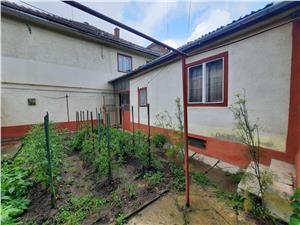 Casa de vanzare in Sibiu - 2 imobile - zona Lupeni