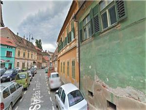Imobil de vanzare in Sibiu, compus din 2 apartamente - zona CENTRALA