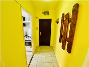 Apartament de vanzare in Sibiu - 2 camere si pivnita - Zona Hipodrom