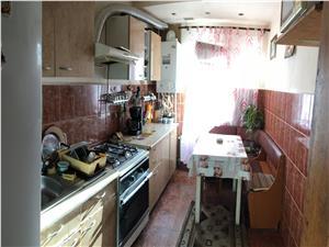 Apartament de vanzare in Sibiu - 4 camere, complet decomandat