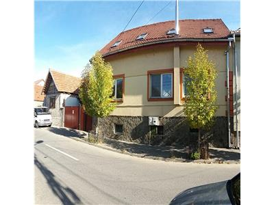 Detached house for sale in Sibiu - 315 sqm living space
