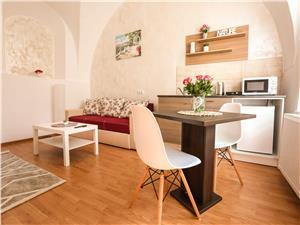 Apartament de vanzare in Sibiu - 3 imobile regim hotelier - afacere