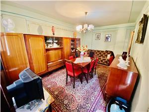 Apartament de vanzare in Sibiu - 3 camere - decomandat - 2 balcoane