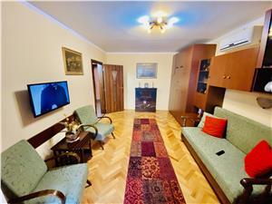 Apartament de vanzare in Sibiu - 3 camere, 2 balcoane si pivnita -