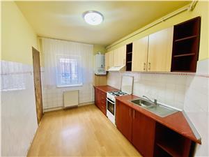 Apartament de vanzare in Sibiu -3 camere,2 balcoane, pivnita -Ciresica