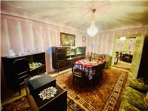 House for sale in Sibiu - Bungard - detached - land 688