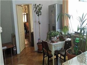 Apartament 3 camere de vanzare in Sibiu - Zona Centrala