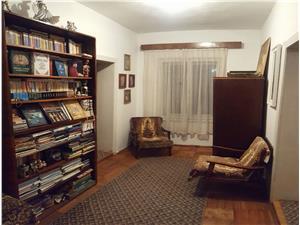 Casa de vanzare in Sibiu 4 camere - zona RAHOVA
