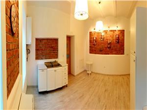 Apartament 3 camere de vanzare in Sibiu, zona Spital Judetean