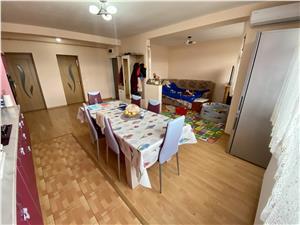Apartament de vanzare in Alba Iulia - 3 camere - la cheie