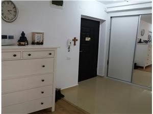 Apartament de vanzare in Sibiu - mobilat si utilat de LUX, cu gradina