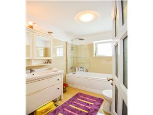 Apartament de vanzare in Sibiu-confort LUX,mobilat / utilat,cu gradina