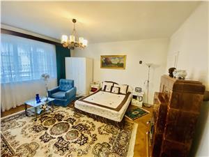 Haus kaufen in Sibiu - freier Hof ca. 200 qm