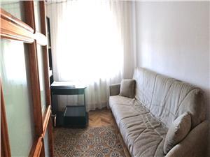 Apartament 3 camere de vanzare in Sibiu - Spatios - Parcul Sub Arini