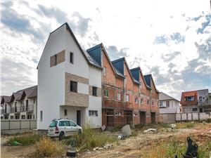 Apartament de vanzare in Sibiu - 4 camere la vila - zona de case