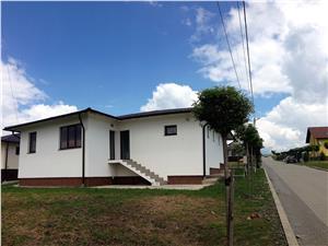 Casa 4 camere de vanzare mobilata/utilata + teren - Bavaria Park 2