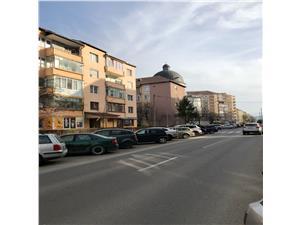 Apartament de vanzare 2 camere, etaj intermediat, zona Premium