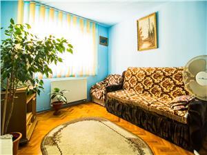 Apartament 3 camere de vanzare in Sibiu, decomandat, mobilat si utilat