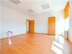 Spatiu birouri de inchiriat in Sibiu-posibilitate de recompartimentare