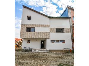 Casa de vanzare in Sibiu - 4 camere - gradina proprie
