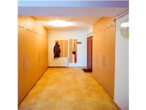 Apartament de vanzare in Sibiu- dotari de lux - zona Calea Dumbravii